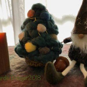 『植物染めの羊毛や綿でクリスマスツリーをつくる』